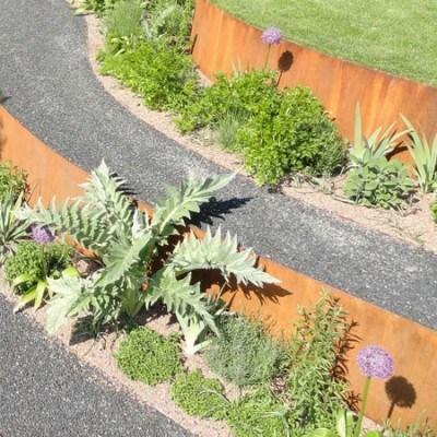 Kräutergarten Curves